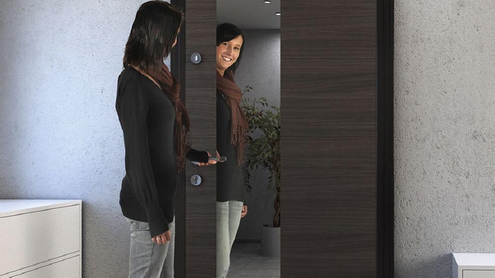 wohnungseingangst ren aachen mit rc 2 sicherheitsausstattung. Black Bedroom Furniture Sets. Home Design Ideas